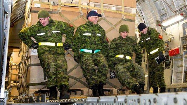 Частину військової допомоги з Канади вже доставили в Україну