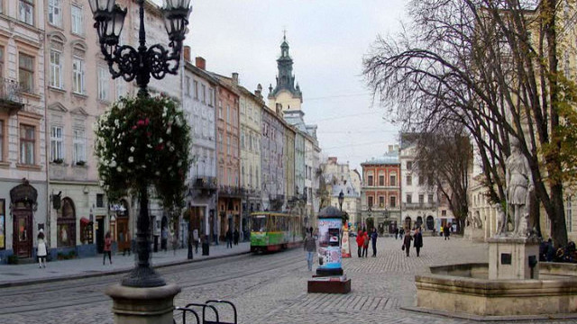 Виконком Львівської міськради затвердив правила в'їзду в пішохідну зону