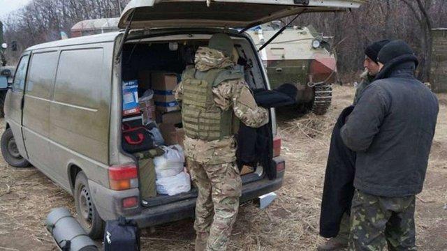 Міністр оборони вважає, що волонтерам у зоні АТО потрібно надати статус учасників бойових дій
