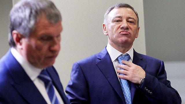 Bloomberg розповіло про компенсації з російського бюджету для «друзів Путіна»