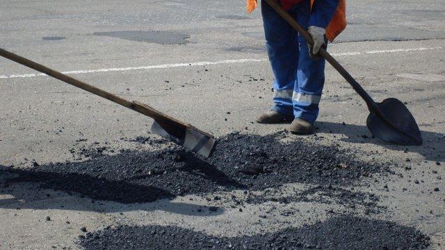 У наступному році нові дороги в Україні будуватися не будуть, - віце-прем'єр