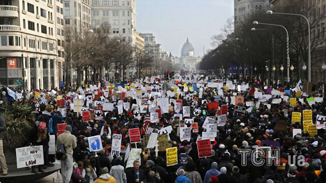 У Вашингтоні і Нью-Йорку тисячі протестують проти поліцейського свавілля