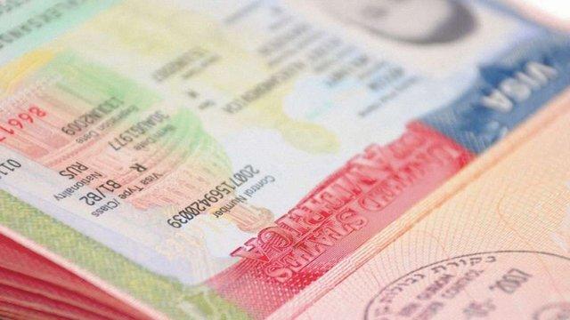 Більше 40 тис. українців отримали візи США у 2014 році