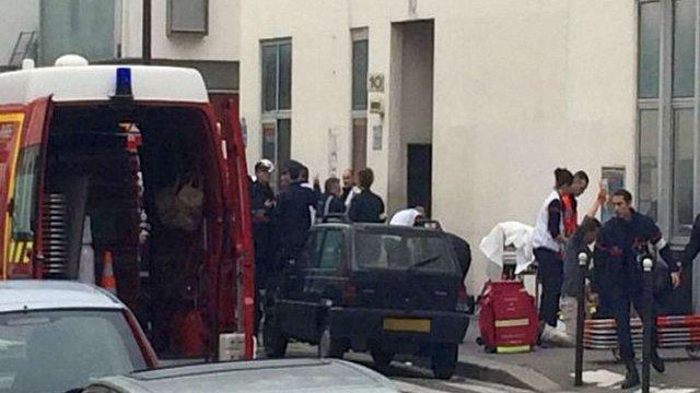 У Парижі невідомі вбили 12 людей в редакції сатиричного журналу