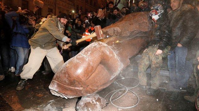Демонтаж пам'яток радянським діячам буде підтримано на офіційному рівні, – Мінкульт