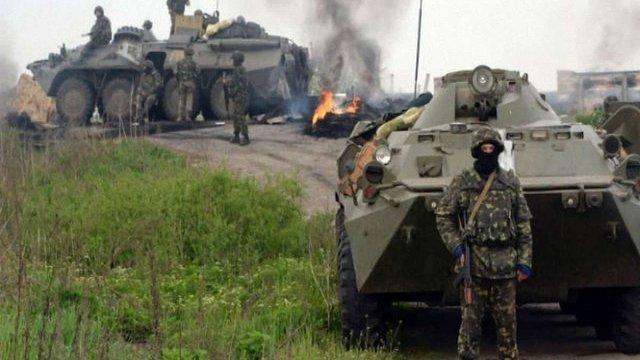 РНБО розглядає два сценарії подій на Донбасі: війна або конфлікт на виснаження