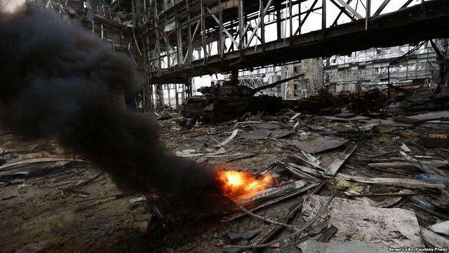 """""""Кіборги"""" вибили російських військових з другого поверху нового терміналу, - ЗМІ"""