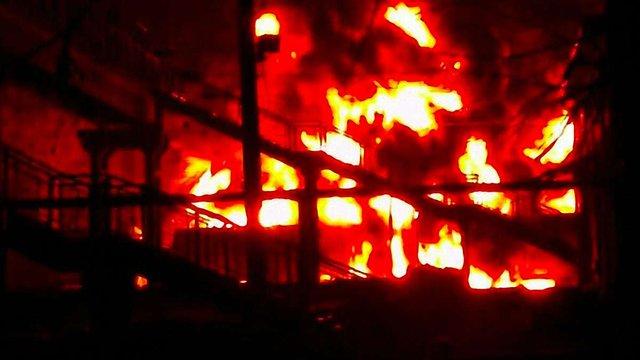 У Харківській області, на залізничній станції горіли цистерни з пальним