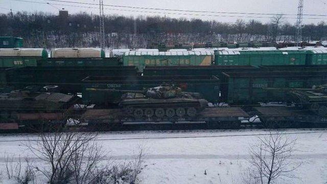 """Росія концентрує на кордоні з Україною """"Смерчі"""" та """"Урагани"""", - штаб АТО"""