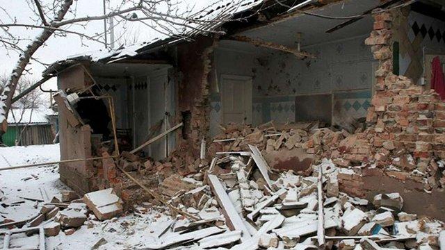 На Луганщині троє військовослужбовців підірвалися на мінній розтяжці