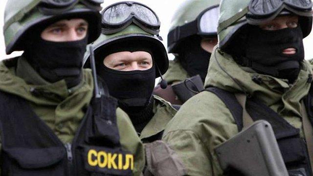 У Києві затримали трьох підозрюваних у нічному нападі на міліціонерів, - МВС