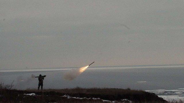 Під Маріуполем українські військові провели навчальні стрільби з «Ігли»