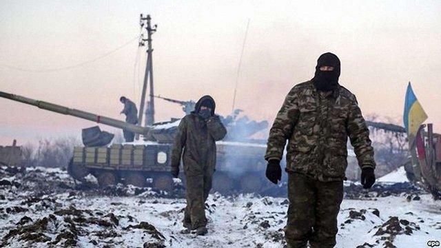 """Станицю Луганську прямою наводкою розстрілюють з гармат і """"Градів"""", - Москаль"""