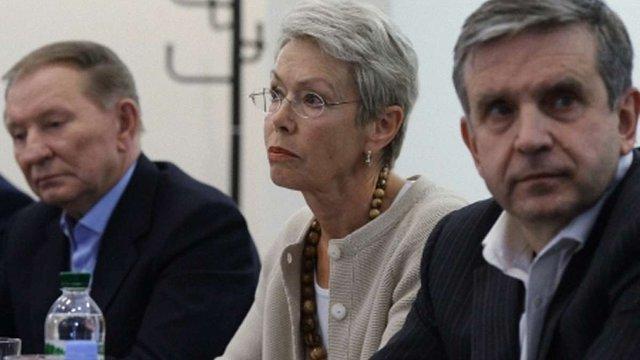 Тристороння група закликала підписантів мінських угод терміново провести зустріч