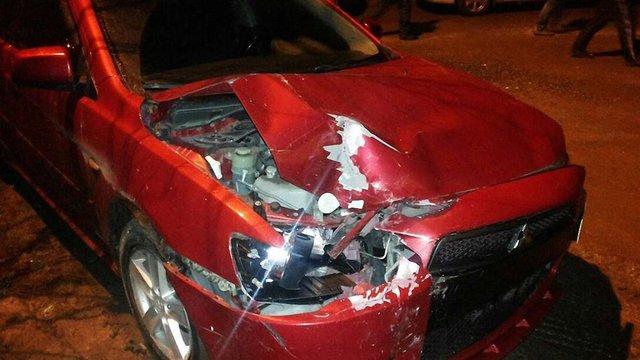 У Львові дівчина розбила два автомобілі на машині свого бойфренда