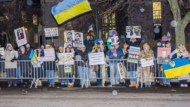 Американський суд відпустив протестувальника проти виступів Гергієва та Нетребко