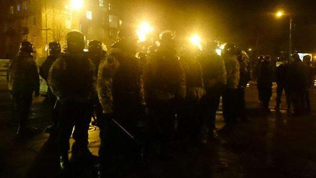 У Запоріжжі близько 400 активістів намагалися знести пам'ятник Леніну