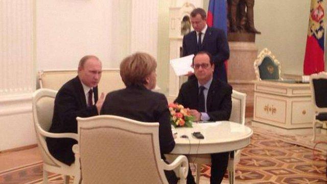 Путін, Меркель і Олланд продовжили переговори після короткої вечері