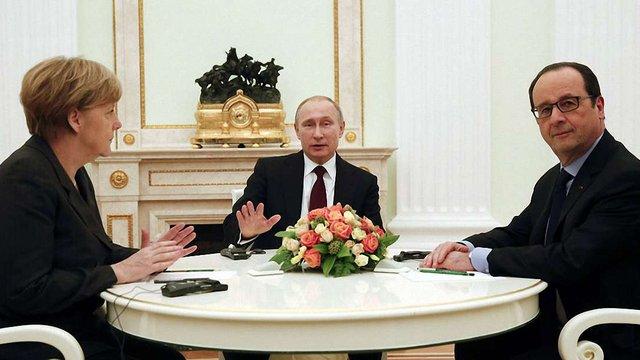 Путін, Меркель і Олланд приготують документ для імплементації мінських домовленостей