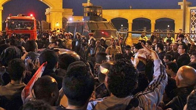 У Єгипті внаслідок сутичок фанатів з поліцією загинуло 22 людей