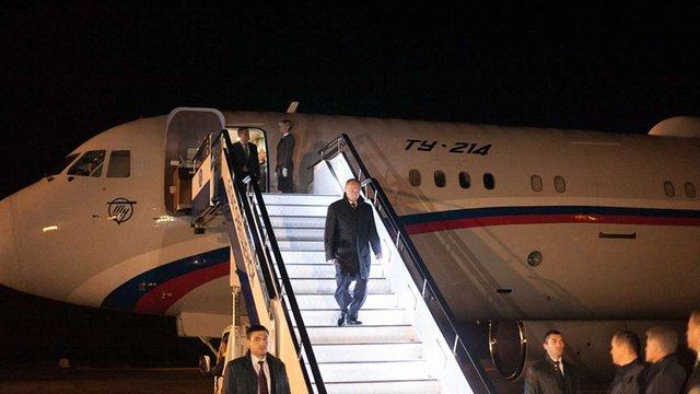 Путін прибув до Мінська останнім