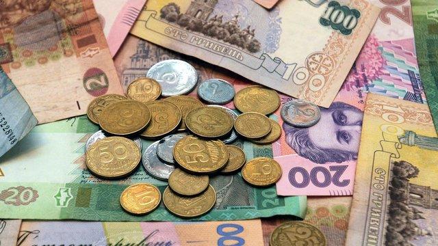 НБУ знизив офіційний курс гривні до 27,86 грн/$
