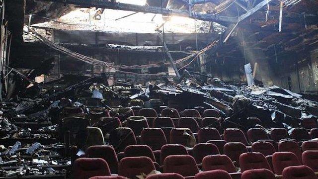 Активісти наполягають на дорозслідуванні підпалу кінотеатру «Жовтень»