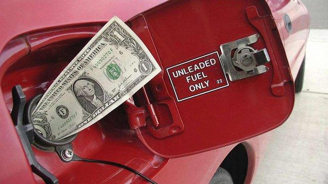 Ціна бензину А-95 на АЗС зросла до 25-27 грн/л