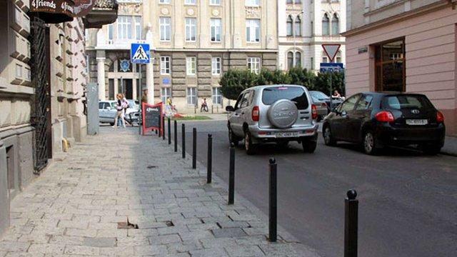 У Галицькому районі Львова встановлять обмежувачів руху на 880 тис. грн