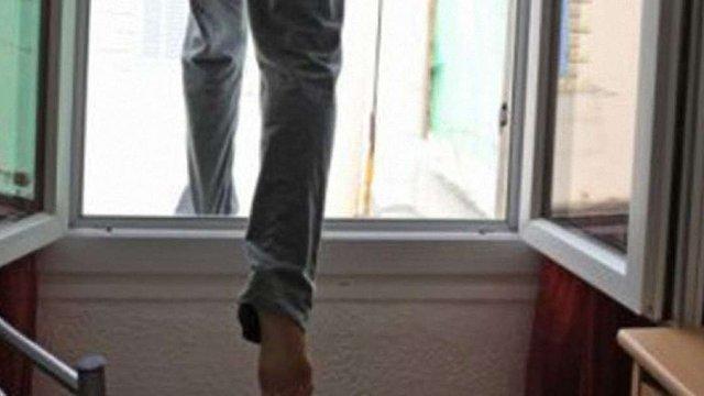 В Одесі викинувся з вікна працівник прокуратури, - 7 канал