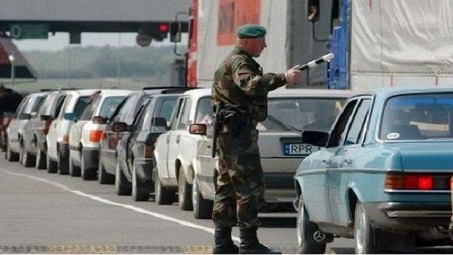 Термін перебування в Україні автомобілів з іноземною реєстрацією можуть збільшити до 90 днів