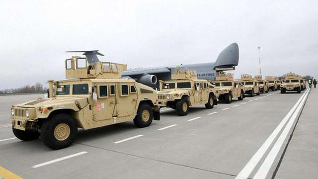 До України прибула чергова партія броньованих HMMWV від США