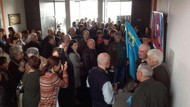 В анексованому Криму припинила мовлення радіостанція «Лідер»