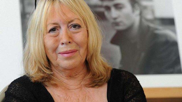 Померла перша дружина Джона Леннона