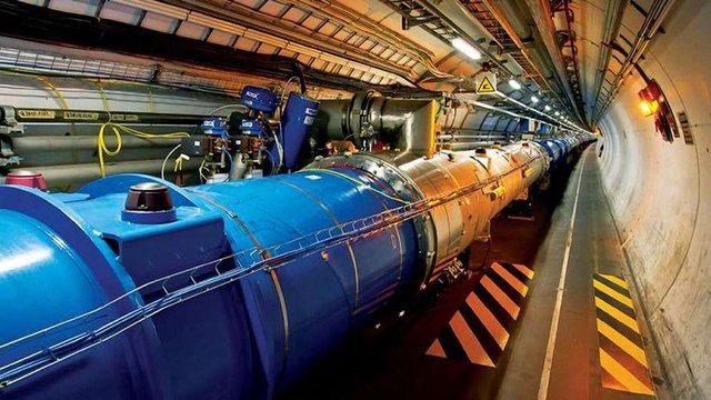 На цих вихідних запустять Великий адронний коллайдер