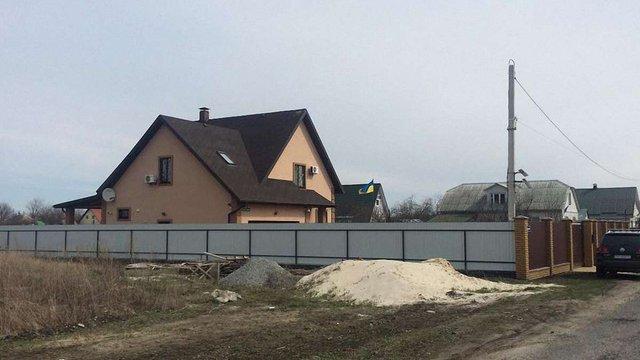 При обшуку заміського будинку Бочковського великих сум грошей не знайшли