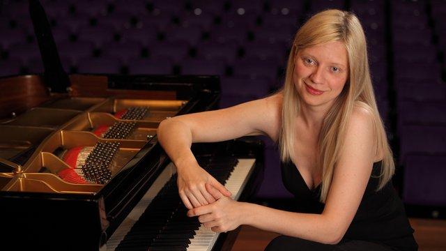 У Канаді з оркестру звільнили піаністку через антиукраїнські заяви