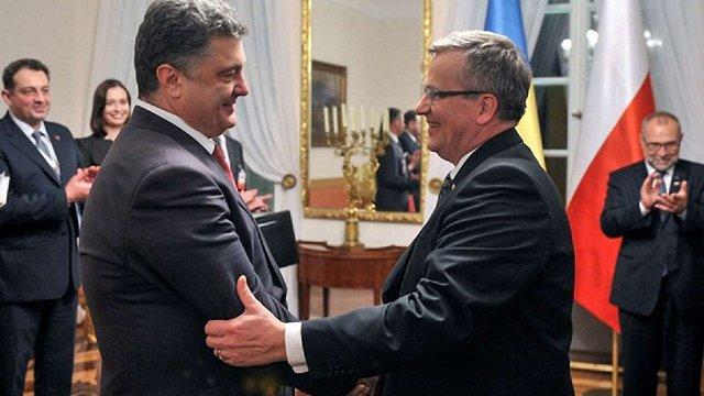Порошенко та Коморовський обговорили введення миротворців на Донбас