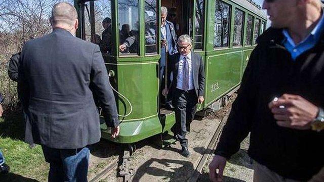 Біля Лодзі зійшов з рейок трамвай з президентом Польщі