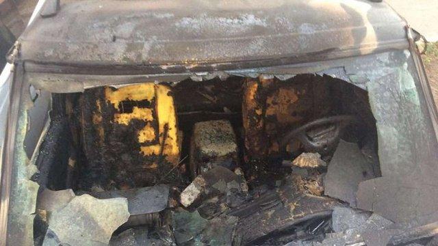 У Харкові спалили автомобіль, який волонтери купили для армії