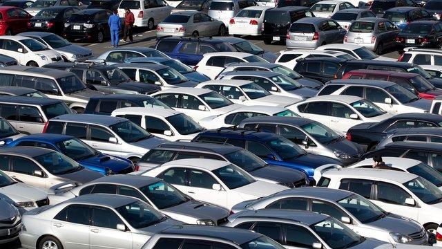 Спецмита  на імпорт легкових автомобілів в Україні знижено вдвічі