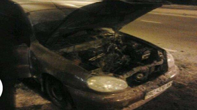 Під Львовом згорів автомобіль таксі