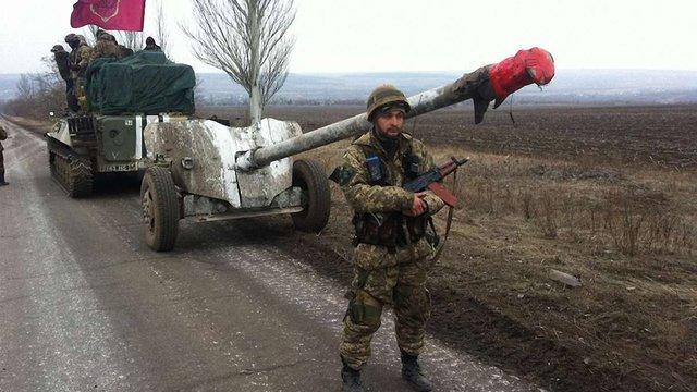 ОБСЄ зафіксувала важке озброєння у тих районах Донбасу, звідки воно мало бути відведене