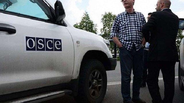 Спостерігачі ОБСЄ покинули Широкине через обстріли