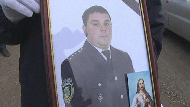 Суд взяв під варту підозрюваних у звірячому вбивстві міліціонера