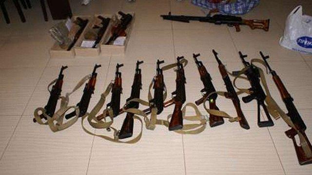 СБУ: У Запоріжжі намагалися продати зброю вивезену із зони АТО