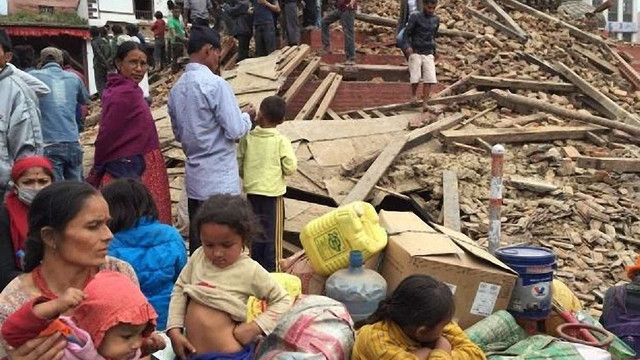 Кількість жертв землетрусу в Непалі зросла до 3218 осіб