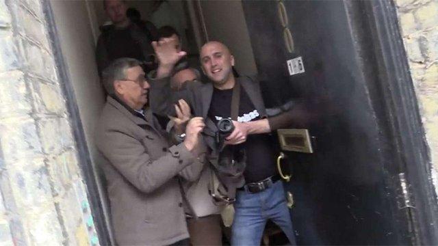 Відомого антиукраїнського журналіста Грема Філліпса виштовхали з музею Бандери в Лондоні