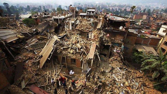 Україна надсилає своїх рятувальників до Непалу