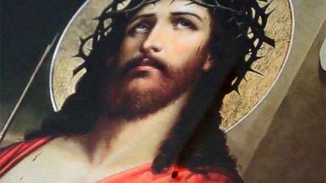 У церкві, де поховано Хмельницького, «закровоточила» ікона, - Громадське.tv